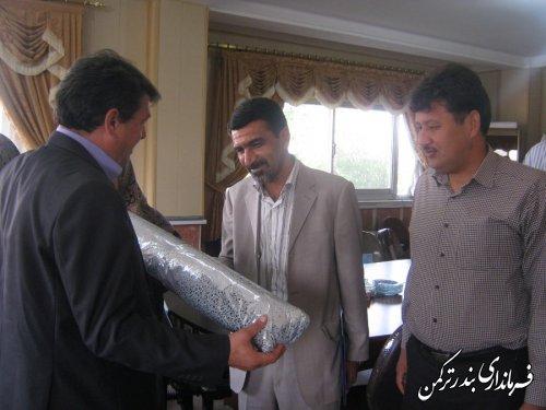 معرفی رئیس جدید اداره صنعت، معدن و تجارت شهرستان ترکمن