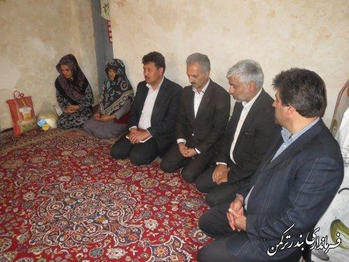 بازدید از خانواده های مددجویان کمیته امداد در قالب طرح مفتاح الجنه با حضور معاون فرماندار