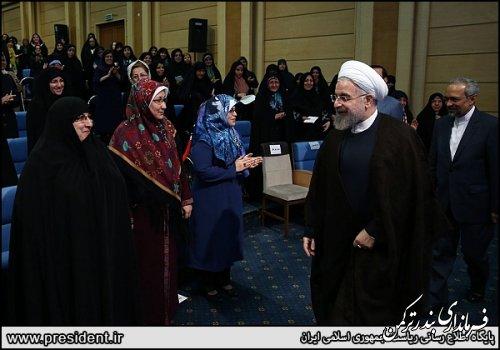 فرماندار شهرستان ترکمن در ضیافت افطاری رئیس جمهور