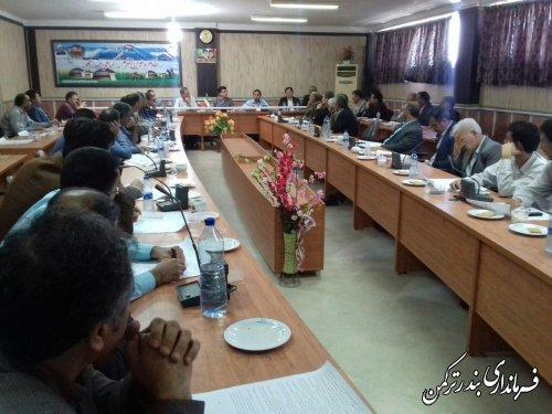 جلسه توجیهی نمایندگان فرماندار شهرستان ترکمن در شعب اخذ رأی برگزار شد