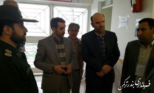 رییس ستاد انتخابات ترکمن از شعب اخذ رأی شهرستان بازدید کرد