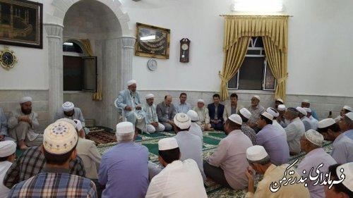 حضور فرماندار شهرستان ترکمن در مسجد روستای خواجه لر