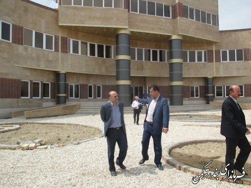 بازديد فرماندار از مرکز دیالیز و درمانگاه شهید عظیم گل بیمارستان امام خمینی