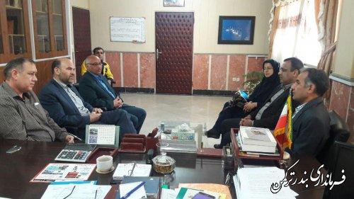 دیدار مدیر کل پست استان گلستان با فرماندار