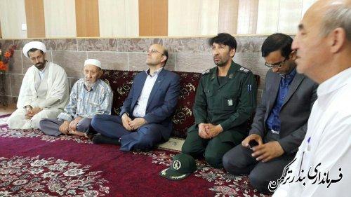 دیدار فرماندار با خانواده شهید عبدالرحمن کم