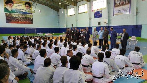 بازدید فرماندار ترکمن از برگزاری آزمون دان ۳ و ۴ تکواندو دوره ۲۳۸ كشوری آقایان