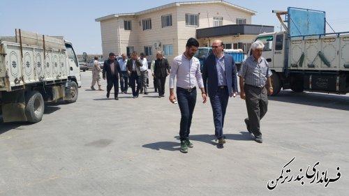 بازدید فرماندار و اعضای شورای تأمین شهرستان ترکمن از مراکز تحویل گندم