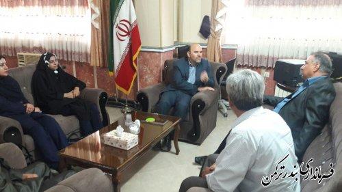 دیدار سرمایه گذار مجموعه تفریحی، ورزشی و توریستی با فرماندار شهرستان ترکمن