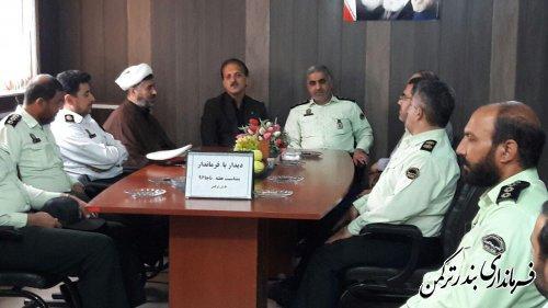 دیدار فرمانده و کارکنان نیروی انتظامی شهرستان ترکمن با معاون فرماندار