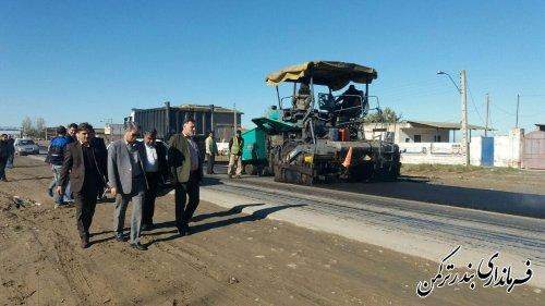 بازدید سرپرست فرمانداری ترکمن از پروژه بهسازی و روکش آسفالت محور یساقی – بندرترکمن