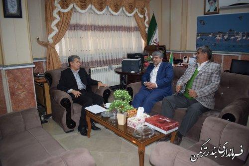 دیدار رئیس اتحادیه خبازان استان گلستان با سرپرست فرمانداری ترکمن