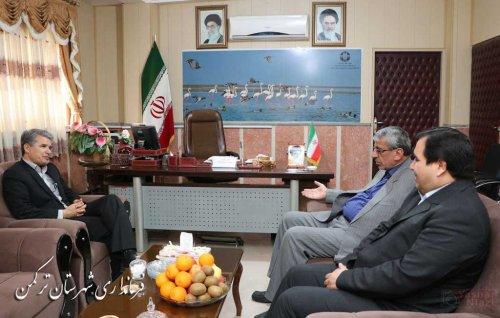 دیدار مدیرکل آموزش و پرورش استان با سرپرست فرمانداری ترکمن