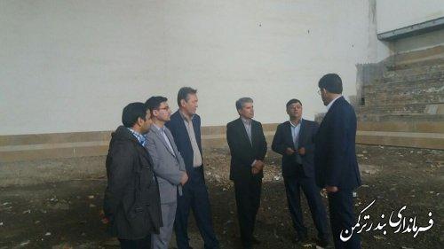 بازدید سرپرست فرمانداری ترکمن از سالن ورزشی نیمه کاره تختی