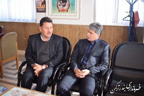 بازدید سرپرست فرمانداری از بخشداری مرکزی شهرستان ترکمن