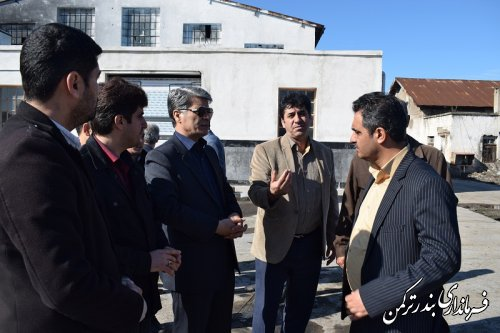 بازدید سرپرست فرمانداری ترکمن از کارگاه تعمیرات اساسی واگن شهرستان