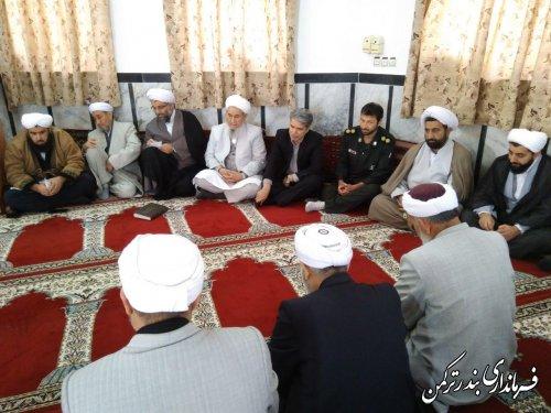 جلسه هم اندیشی فرهنگی سرپرست فرمانداری ترکمن و ائمه جمعه و جماعات شهرستان ترکمن برگزار شد