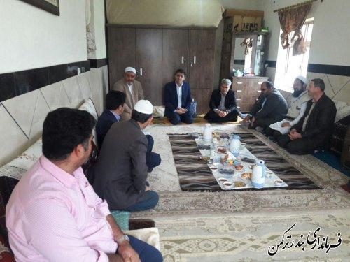 دیدار فرماندار ترکمن با خانواده های جانباختگان واژگونی قایق
