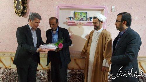 دیدار فرماندار با جانباز 8 سال دفاع مقدس روستای ایوان آباد