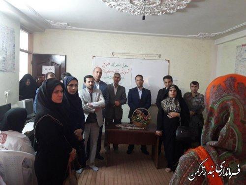 بازدید نمایندگان وزارت کشور و سازمان آموزش فنی وحرفه ای از محلات حاشیه نشین شهرستان ترکمن