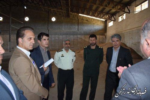 بازدید فرماندار و اعضای شورای تامین شهرستان ترکمن از مراکز خرید محصولات کشاورزی شهرستان