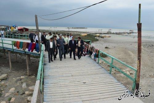 بازدید معاون سیاسی امنیتی و اجتماعی استاندار از سواحل شهرستان ترکمن