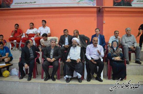 حضور فرماندار در مراسم اختتامیه فوتسال نونهالان کشوری در شهرستان ترکمن