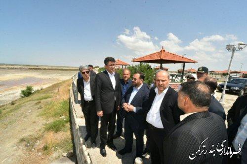 بازدید معاون پارلمانی رئیس جمهور از وضعیت راه آهن و سواحل شهرستان ترکمن