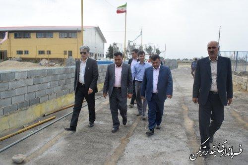 بازدید فرماندار ترکمن از روند آماده سازی زمین والیبال ساحلی شهرستان جهت برگزاری تورنمنت جهانی والیبال ساحلی