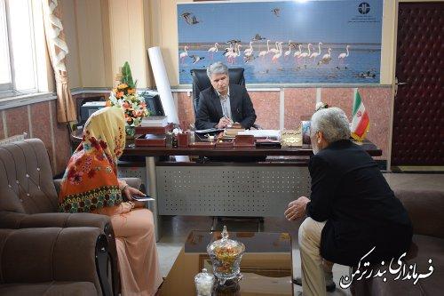 دیدار چهره به چهره فرماندار شهرستان ترکمن با مردم شهرستان