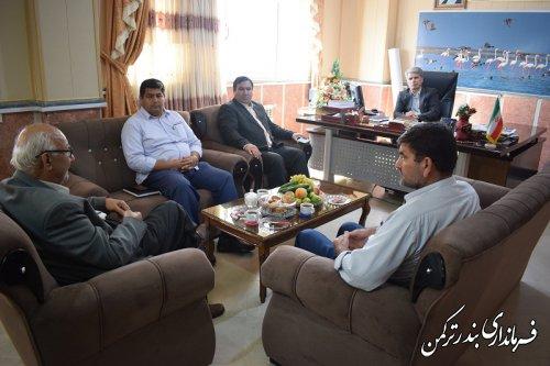 دیدار رئیس مجمع خیرین مدرسه ساز استان گلستان با فرماندار ترکمن