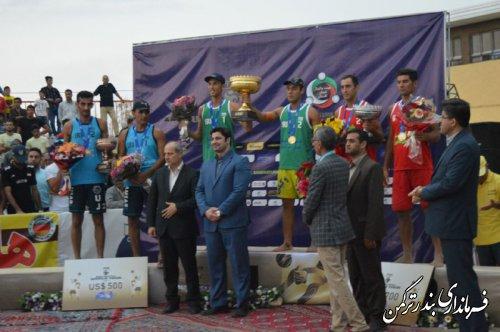 اختتامیه تور تک ستاره  والیبال ساحلی در شهرستان ترکمن برگزار شد