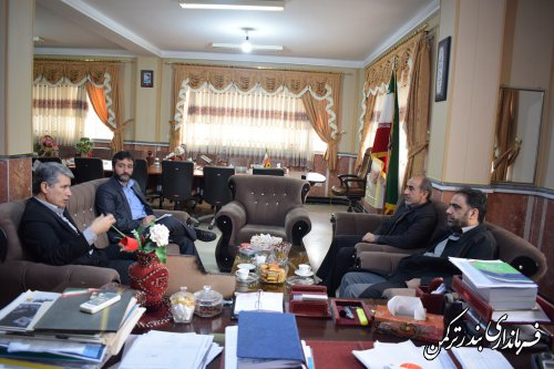 دیدار سرگروه بازرسی و نظارت کمیته امداد امام خمینی (ره) کشور با فرماندار ترکمن