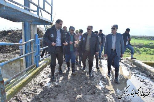 بازدید فرماندار ترکمن و مدیرکل ستاد مدیریت بحران استان از عملیات لایروبی رودخانه قره سو