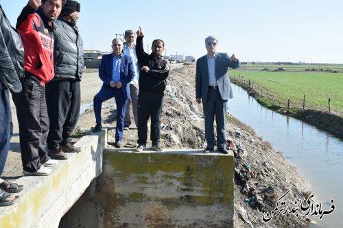 بازدید فرماندار از پل راه قدیم روستای چپاقلی و لایروبی کانال بصیرآباد