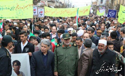 راهپیمایی باشکوه ۲۲ بهمن در شهرستان ترکمن