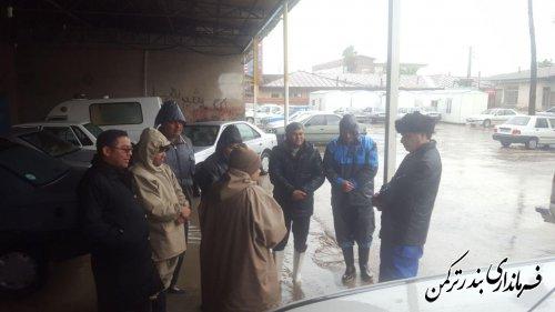 بازدید فرماندار ترکمن از آبگرفتگی معابر شهری و روستایی شهرستان