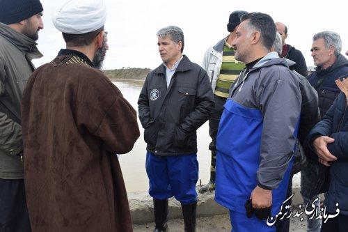 بازدید فرماندار ترکمن از پل روستای نیازآباد بر روی رودخانه قره سو