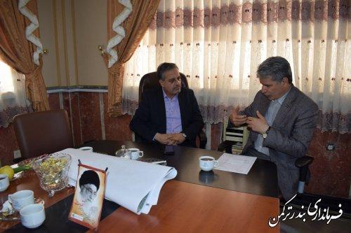 نشست معاون دفتر امور بانوان و خانواده وزارت کشور با فرماندار ترکمن