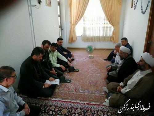دیدار معاون سیاسی، امنیتی و اجتماعی فرماندار با خانواده شهید