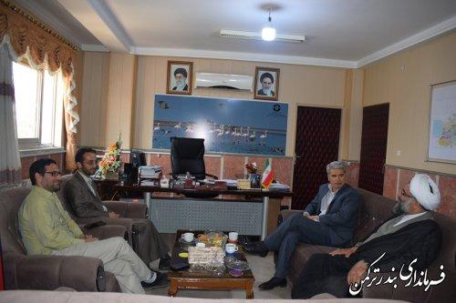 دیدار مدیر دفتر نمایندگی آستان قدس رضوی استان با فرماندار ترکمن