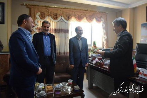 آئین تکریم و معارفه رئیس اداره گازرسانی شهرستان ترکمن برگزار شد