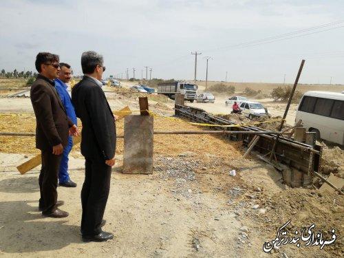بازدید فرماندار ترکمن از پل در حال احداث چپاقلی