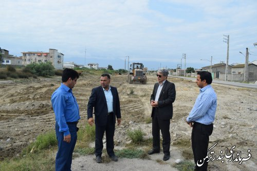 بازدید فرماندار از روند اجرای طرح شهید شوشتری در شهرستان