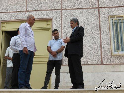 بازدید فرماندار از روند تکمیل پروژه استخر سرپوشیده بندرترکمن