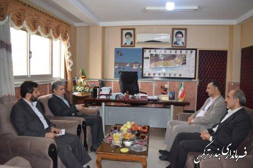 دیدار مدیرکل کمیته امداد امام خمینی (ره) استان با فرماندار ترکمن