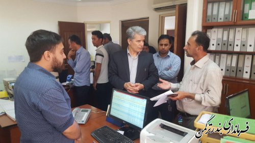 بازدید فرماندار ترکمن از روند رسیدگی به پرونده های بازسازی واحدهای مسکونی خسارت دیده از سیل اخیر در شهرستان