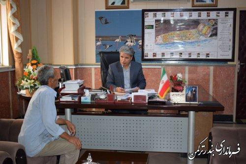 ملاقات مردمی فرماندار شهرستان ترکمن برگزار شد