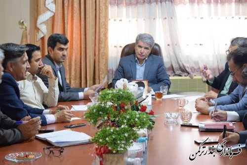 جلسه بررسی مشکلات بخش های تابعه شهرستان ترکمن برگزار شد