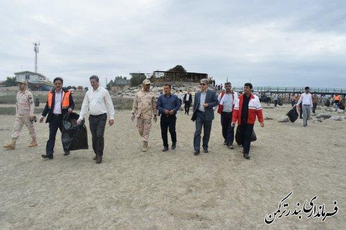 برگزاری برنامه های بزرگداشت روز ملی خزر در شهرستان ترکمن