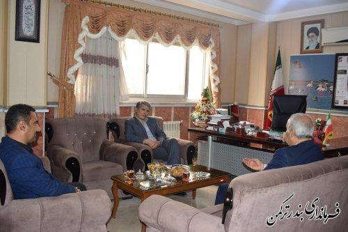 دیدار رئیس سازمان انتقال خون استان با فرماندار شهرستان ترکمن